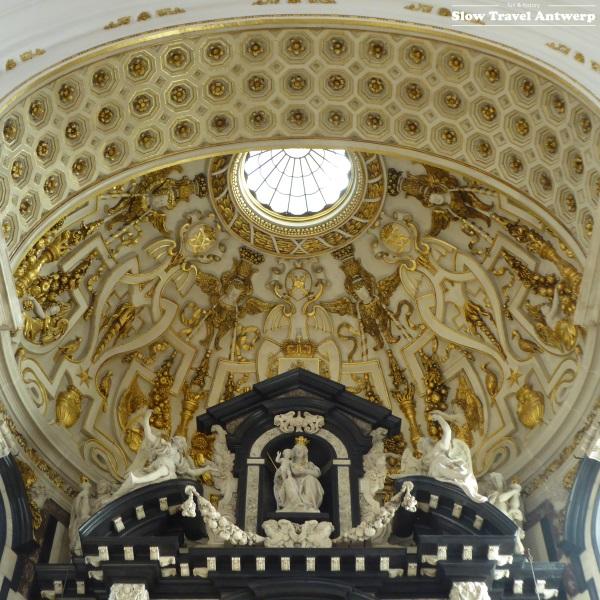 Sint-Carolus Borromeus Antwerpen - koepel boven altaar
