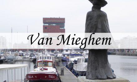 Statues Eugeen Van Mieghem on 'het Eilandje'