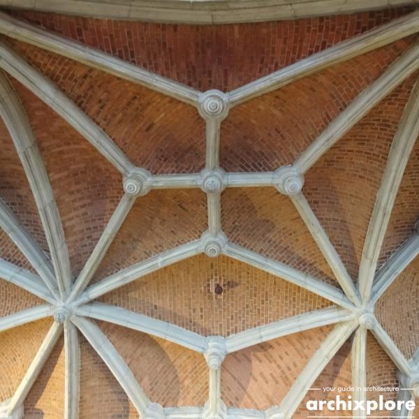 Handelsbeurs Antwerpen door architect Schadde - detail plafond galerij