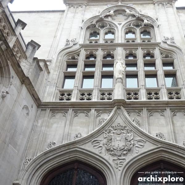 Handelsbeurs Antwerpen door architect Schadde - ingang Twaalfmaandenstraat