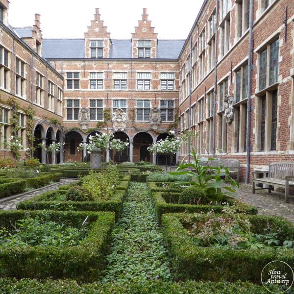 Museum Plantin-Moretus Antwerpen - renaissance binnentuin