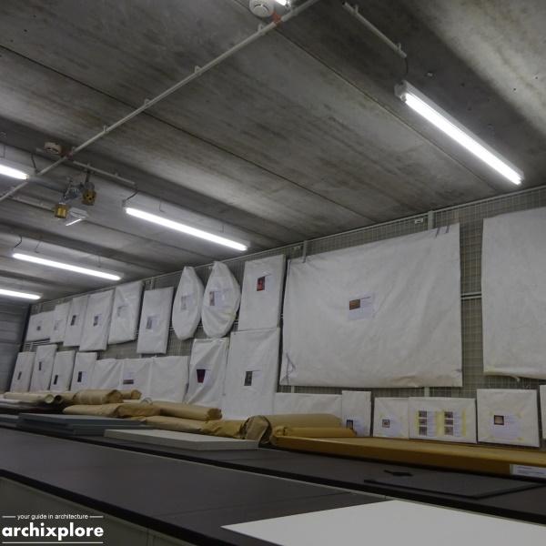Leeszaal en depot Museum Plantin-Moretus Antwerpen - depot met schilderijen